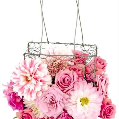 Букет на свадьбу. Цветочная сумочка