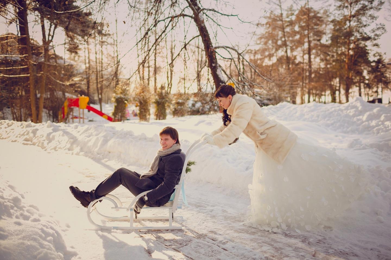 свадьба-на-санках-зимой