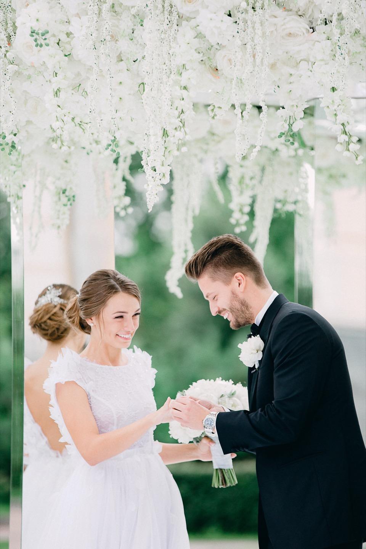 Красивая свадьба «Отражения любви»