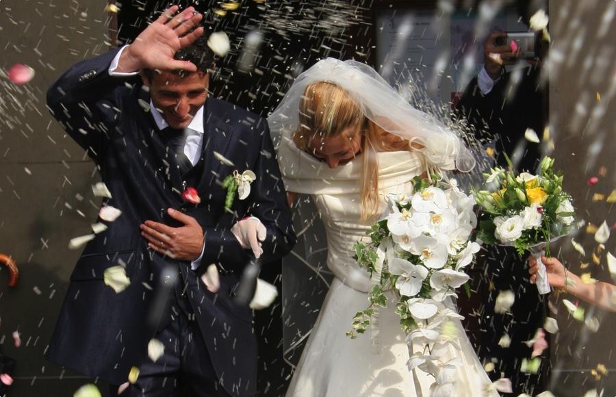 Недорогой свадебный букет невесты традиции #4