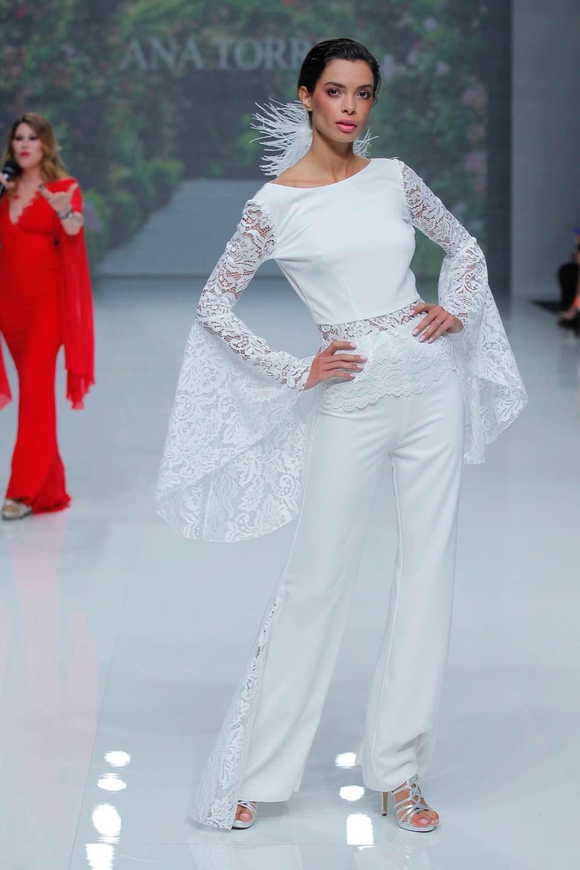 Свадебное платье Ana Torres 2019