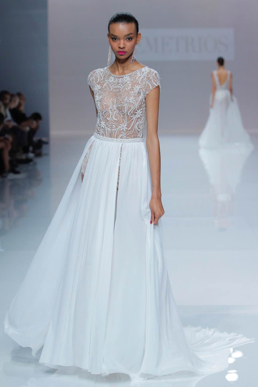 Свадебное платье Demetrios 2019